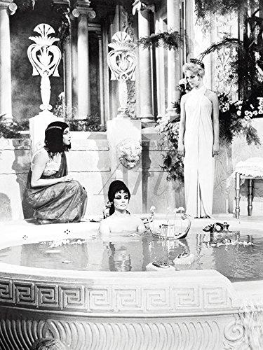 Artland Qualitätsbilder I Wandtattoo Wandsticker Wandaufkleber 30 x 40 cm Film TV Stars Foto Schwarz Weiß C2QG Cleopatra 1963 -