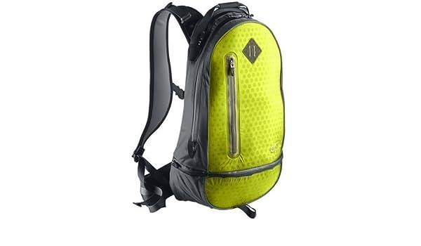 202ac80688 Sac à dos nike cheyenne vapor running/bA 3126-707 couleur: jaune/noir/argenté:  Amazon.fr: Sports et Loisirs
