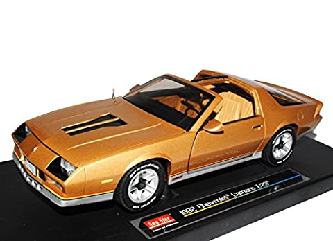 Chevrolet Chevy Chevy Camaro Z28 Coupe Gold Beige 3. Generation 1982-1993 1/18 Sun Star Modell Auto