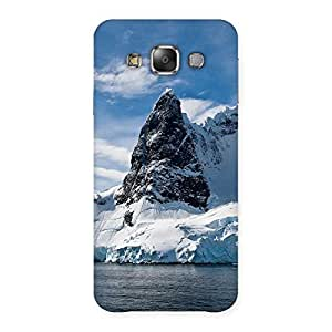 Enticing Beach Freez Hill Back Case Cover for Galaxy E7