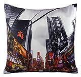 """Funky Novel Times Square New York américain rouge noir Housse de coussin 18 """""""