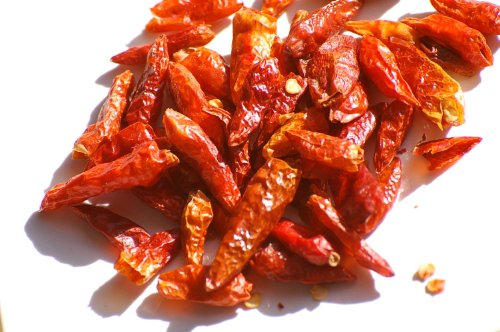 200g-pure-whole-dried-birds-eye-chillies-free-uk-post-whole-birdseye-chilli-dry-chilly-birds-eye-chi