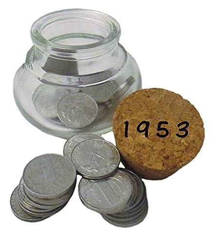 64 DDR Pfennig Münzen von 1953 zum 64. Geburtstag im Bauchglas mit Korken - Symbolisch wertvolles Geschenk – OSTALGIE