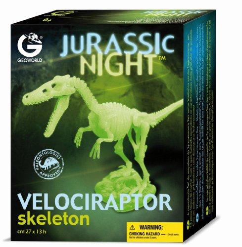 Imagen principal de Geoworld Jurassic Night 23210773 Velociraptor - Esqueleto de dinosaurio (brilla en la oscuridad, 27 cm) [importado de Alemania]