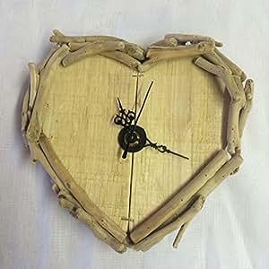 Horloge murale Cœur en bois flottant