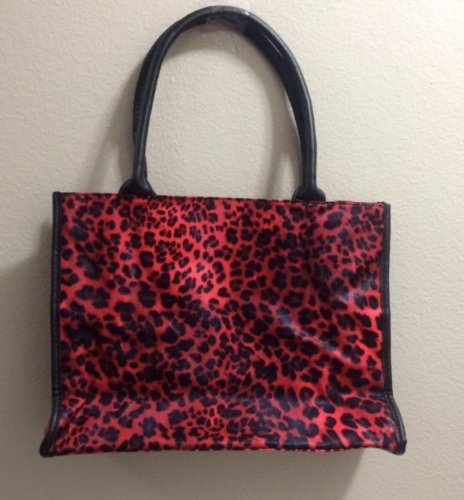 neiman-marcus-beauty-even-step-up-cosmetic-tote-bag-red-by-neiman-marcus
