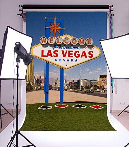 YongFoto 1x1,5m Foto Hintergrund Willkommen in Las Vegas Grasfläche Modernes Gebäude Haus Blauer Himmel Weisse Wolke Stadt Straße Natur Reise Fotografie Hintergrund Photo Party Kinder Fotostudio