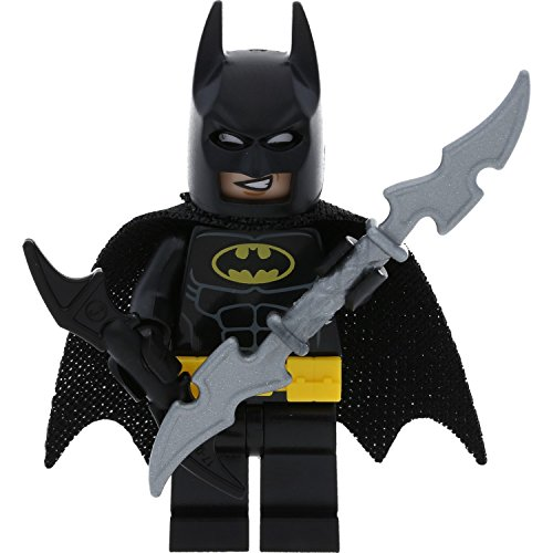 Preisvergleich Produktbild LEGO Minifigur Batman aus Set 70910 incl. Bat-a-Rang + 1 GALAXYARMS Waffe