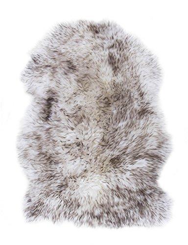 andiamo Kuscheliges Schaffell aus 100{c97ac2cdcf58c6e434403536e96c0011360f6533a224efa4301d5d5e071f4eac} Lammfell mit Lederrücken, von Luxor Living, Wohnzimmer Teppich Schlafzimmer, Weiches Echtes Fell, Fellteppich, Farbe:Wolfsfell