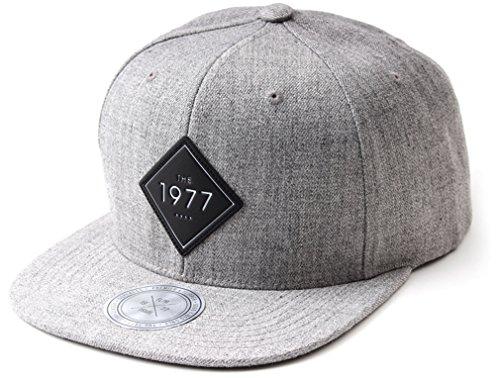 Sujii 1977 Snapback Hat Baseball Cap Casquette Trucker Hat Outdoor Camping Chapeau