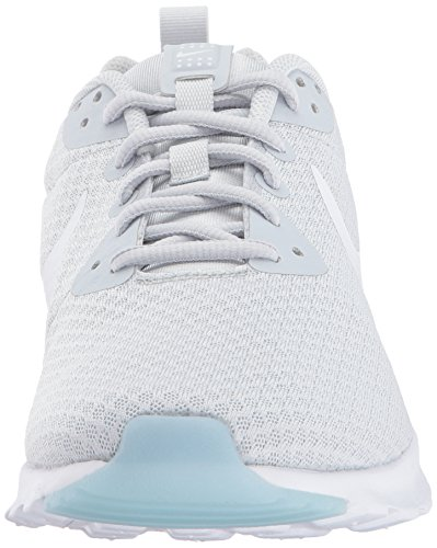 Nike Damen Wmns Air Max Motion LW Low-Top, 38 EU Elfenbein (Pure Platinum/white)