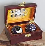 Hochwertige Qi Gong Meditations- Entspannungskugeln Set Nr. 001 Ying Yang in roter Holzbox