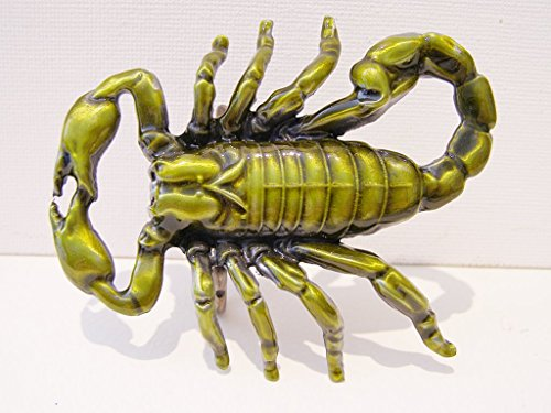 Scorpion Metall Gürtelschnalle green-gold Emaille das Arachnid