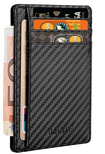 """-ALIANTE-   Estás harto de llevar siempre una cartera gigante y pesada en el bolsillo? Esta es la cartera que estabas buscando, la única """"Slim Carbon Wallet"""" ORIGINAL ALIANTE. Con su diseño minimalista, ligero y pequeño, es un billetero practico y..."""