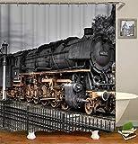 Decorazione Locomotiva Retrò. Vecchia Locomotiva A Vapore. Binari Ferroviari, Luci Di Segnalazione E Recinzioni Di Ferro. Cortina Di Tenda. Impermeabile. Mildewproof. Facile Da Pulire. 180X180Cm.