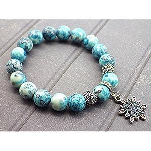 Weiße Jade Armband Perlen und Amulette blauen Stern getönt mit Swarovski-Kristallen geformt