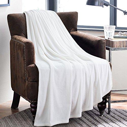 BEDSURE More than comfort Fleecedecke Kuscheldecke 150x200cm Weiß, hochwertige Mikrofaser Flanell Decke für Sofa & Sessel, super weiche warme flauschige Wohndecke/Reisedecke/Schmusedecke von Bedsure