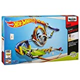 Hot Wheels Wall Tracks Starter Set Crazy Loop by Hot Wheels