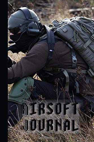 Airsoft Journal: The compact journalling notebook for all your airsoft records and activities - Airsoft player in field por The Highland wanderer Journals