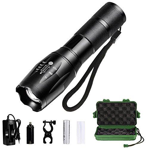 Lampe Torche de Poche LED Ultra Puissante, Eclairage Exterieur Zoomable et Rechargeable, Lampe de Poche Ajustable 5 modes {Accessoires (Pile rechargeable) incluse} (noir)