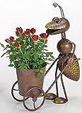 Blumentopf Karre Ameise, Gartenfigur Ameise mit Blumenkarre schiebend