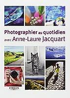 Un guide pratique et pédagogique qui aide le lecteur à poser un regard différent sur son quotidien et à être plus réceptif aux opportunités photographiques qui l'entourent.