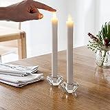 Lights4fun Lot de 8 Bougies de Chandelier à Piles en Cire Blanche avec Flamme LED...