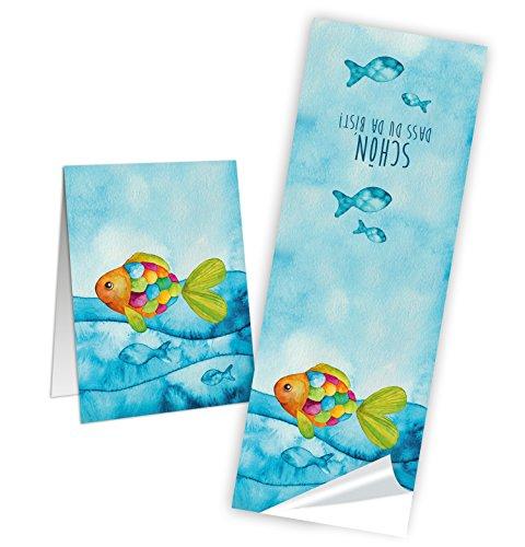 25 Stück lange SCHÖN DASS DU DA BIST blau türkise Fische Aufkleber 5 x 15 cm Banderolen Regenbogenfisch für Kommunion Firmung Taufe Kinder Tischdeko Verpackung - Sticker zum Geburtstag
