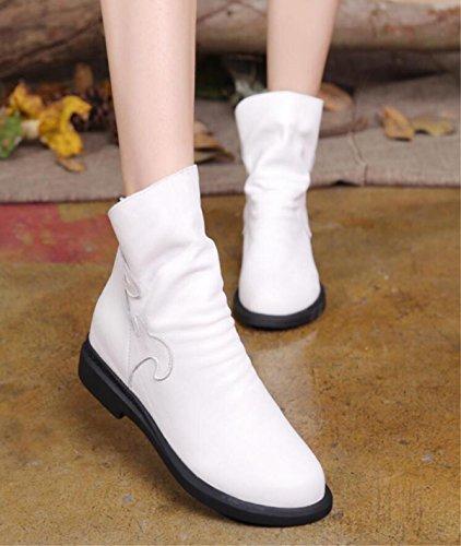 Autunno e inverno nuovo retrò scarponi femminili in pelle scarpa impermeabile piattaforma sottile scarpe stivali Martin white
