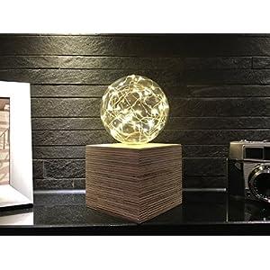 Beleuchtete Glaskugel mit Holzkubus Stimmungslicht Ambiente Design Handgefertigt Natur zur Dekoration für jeden Anlass Batteriebetrieben Weihnachtsbeleuchtung Weihnachtsdekoration [Energieklasse A++]