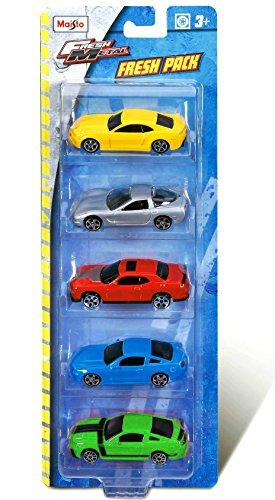 Bburago Maisto France - M15017 - Coffret de 5 voitures miniatures - Échelle 1/72 - Modèles aléatoires