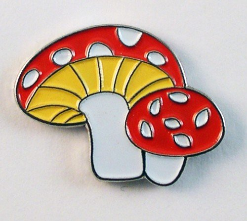 metal-enamel-pin-badge-brooch-fairie-fairy-mushroom-toadstool
