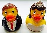 2 Brautpaar Quietscheenten - Braut und Bräutigam Ente - 2er-Set - bestehend aus 2 Quietsche-Enten / Badeenten - ca. 8cm gross - UVP/Ente: € 4,99 - UVP/Set: € 9,98