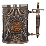 "Nemesis Now B3698J7 - Boccale in ferro con scritta""Game of Thrones"", 23 cm, in resina, con inserto in acciaio INOX"