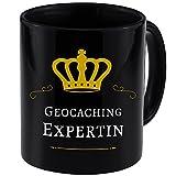 Tasse Geocaching Expertin schwarz