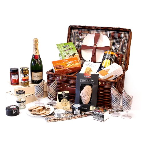 Bromley Dark 4 Person Dark Wicker Chiller Picnic Food Hamper with a Luxury Food Selection and Moet et Chandon Champagne 75cl - Ideal Gift for Valentines, Mothers Day, Birthday, Anniversary, Christmas, Wedding, Corporate and Business Gifts