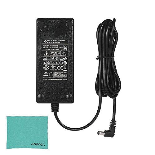 YONGNUO 12V 5A Wechselstrom-Adapter mit EU Stecker 100-240V mit Andoer Reinigungstuch für YONGNUO YN600L YN300III YN168 YN216 YN1410 YN300Air YN160III YN360 YN608 YN600RGB YN308 YN600 Air LED (12v 5a Wechselstrom-adapter)