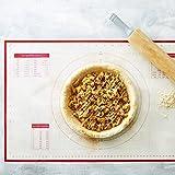 Backmatte, aus Silikon, mit Lineal, professionelle deutsche Qualität und zertifiziert von der FDA Safe, wiederverwendbar, antihaft Oberfläche/16-1/Half-Sheet 5.08 cm 27.94 x cm, kinderfreundlich, Premium Silikon-Backformen/Bonus-Kochbuch und lebenslanger Garantie von BakeitFun 58x38cm Pastry Red