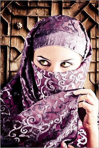 Alu Dibond 20 x 30 cm: Frau gekleidet in arabischen Kostüm von Colourbox (Arabischen Frau Kostüm)