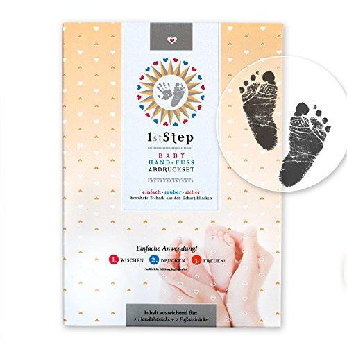 magisches-baby-abdruckset-ohne-farbe-ohne-gips-direkt-auf-beschichtetem-papier-von-babys-1st-step