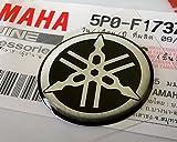 100% GENUINE 25mm Durchmesser YAMAHA STIMMGABEL Aufkleber Sticker Emblem Logo Silber / Schwarz Erhöht Gewölbt Gel Harz Selbstklebend Motorrad / Jet Ski / ATV / Schneemobil
