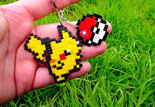 keychain-pikachu-with-pokeball-pokemon-nintendo-game-freaks-o-hama-beads-o-pixel-art-o-beads-sprite-