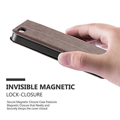 Apple iPhone 5 / 5S / SE Hülle in NACHT-SCHWARZ von Cadorabo - Handy-Hülle mit unsichtbarem Magnet-Verschluss Standfunktion und Karten-Fach Case Cover Schutz-hülle Etui Tasche Book Klapp Style KAFFEE-BRAUN