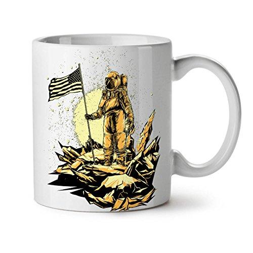 Wellcoda Astronaut Mond Land NASA Space Weiß Tee Kaffee Keramik Becher 11OZ