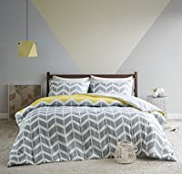 URBAN HABITAT Nadia Yellow Fashion Chevron Printed Duvet Cover and Pillowcase Set