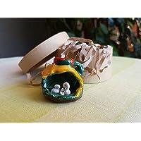 Presepe in ceramica siciliana. Natività in miniatura. Presepe naif in brocchetta di ceramica. Regalini di Natale. Le ceramiche di Ketty Messina.
