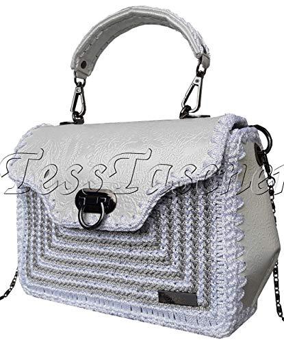 Damen Kleine Schultertasche Weiße Handtasche mit Muster. Prägung auf Leder .Silberne Handtasche mit Kette. Kollektionstasche 2019 Designer-Tasche - Silberne Designer-handtasche