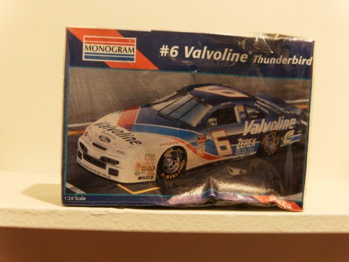 monogram-6-valvoline-race-car-kit-by-monogram