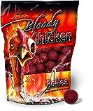 Quantum Naturköder 20mm/1kg Radical Boilie Bloody Chicken 20mm 1 KG, Rot/braun,
