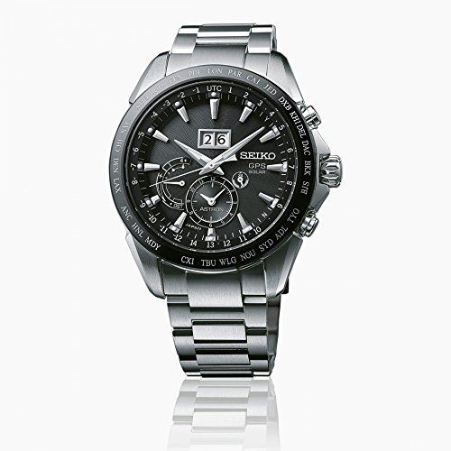 Seiko Herren Analog Solar Uhr mit Edelstahl Armband SSE149J1